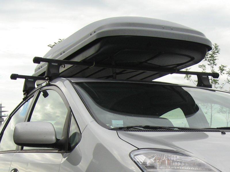 hauteur d une voiture avec coffre de toit. Black Bedroom Furniture Sets. Home Design Ideas
